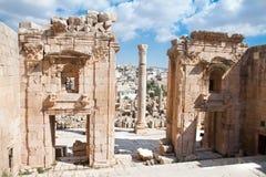 Propylaea - Tempel Artemis. Jerash Stock Foto's