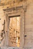 Propylaia和Beule门西部入口向雅典卫城,希腊 免版税库存图片