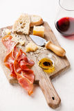 Prosciutto και κρασί Στοκ Εικόνες