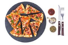 Prosciutto da pizza com cogumelos e presunto Imagem de Stock Royalty Free