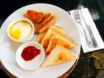Prosciutto ed uovo americani pieni della prima colazione Fotografia Stock Libera da Diritti