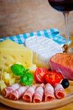 Prosciutto en kaas Royalty-vrije Stock Afbeeldingen
