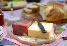 Prosciutto, formaggio e pane Fotografia Stock Libera da Diritti