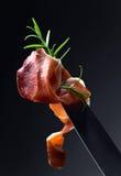 Prosciutto med rosmarin Royaltyfri Bild