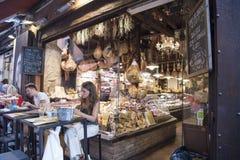 Prosciutto-Restaurant, Bologna lizenzfreies stockbild