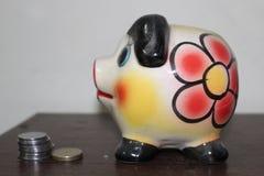 Prosiątko bank dla oszczędzań obraz stock