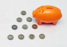 Prosiątko bank i dziesięć rupii moneta India Obrazy Royalty Free