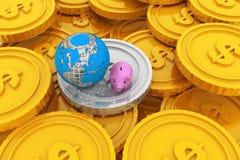 Prosiątko bank z kulą ziemską Zdjęcie Royalty Free