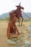 Prospector & paczki muł - metal rzeźba obraz royalty free