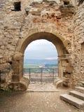 Prospettiva dal castello rovinato di Spissky Fotografia Stock Libera da Diritti