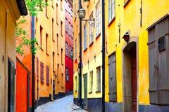 Prospettiva di vecchia via a Stoccolma Fotografie Stock