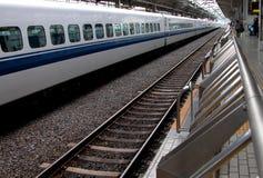 Prospettive in una stazione ferroviaria Fotografie Stock Libere da Diritti