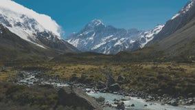 Prostituteraddalspår i den Aoraki nationalparken, Nya Zeeland, södra ö arkivfilmer
