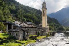 Prosto Valchiavenna, Italië: oud dorp Stock Afbeeldingen