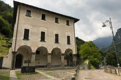 Prosto & x28; Valchiavenna, Italy& x29; :宫殿 免版税图库摄影