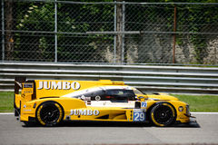 Protótipo dos esportes de Dallara conduzido por Jan Lammers Fotos de Stock Royalty Free