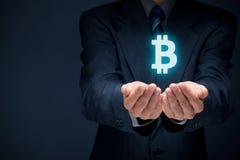 Protección de Bitcoin Imágenes de archivo libres de regalías