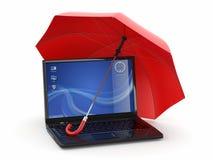 Protección de la información. Computadora portátil y paraguas Fotos de archivo libres de regalías