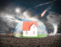 Protection à la maison photos libres de droits