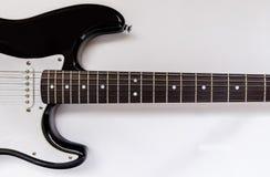 Protection de collecte et guitares électriques de cou sur un fond blanc Image stock