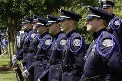 Protector de honor de la policía en la ceremonia 9 11 Fotos de archivo libres de regalías