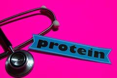 Protein auf dem Papier mit Medicare-Konzept stockfotos