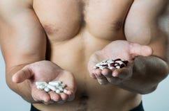 Protein: natürliches oder synthetisches Lebensmittel? Stockfoto