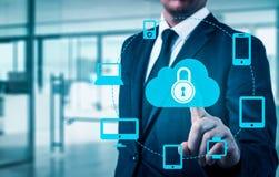 Proteja o conceito dos dados da informação da nuvem Segurança e segurança de dados da nuvem Imagem de Stock
