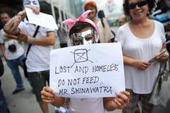 """Protest Anti--regering """"för vit maskering"""" i Bangkok Royaltyfri Foto"""