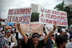 """Protest Anti--regering """"för vit maskering"""" i Bangkok Arkivfoton"""