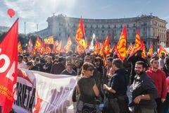 Protest av studenterna i fyrkanten Royaltyfria Bilder