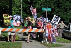 Protest am Begräbnis des Dr. George Tiller Stockfotografie