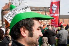Protest bei der BRITISCHEN LibDem Konferenz; Berauben der Armen Stockbild