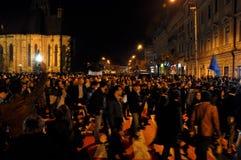 Protest, för den andra rundan av presidentvalmedborgare protesterar mot den socialistiska kandidaten, Victor Ponta Arkivbilder