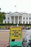 Protest framme av historisk byggnad av Washington DC Royaltyfria Bilder