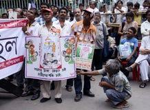 Protest gegen Zettel-Kapital Stockfoto