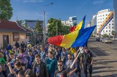 Protest i Bucharest mot olagligt logga arkivbilder