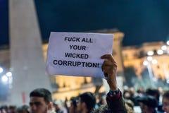 Protest mot coruption och rumänsk regering Arkivbilder