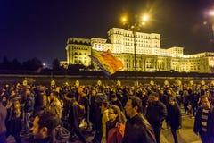 Protest mot coruption och rumänsk regering Arkivfoton