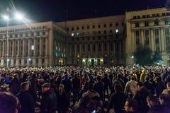 Protest mot rumänsk regering Royaltyfri Fotografi