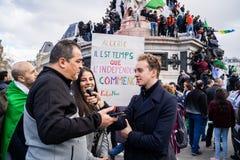 Protest in Parijs tegen een vijfde mandaat van Bouteflika van Algerije royalty-vrije stock foto