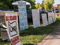 Protest signs make the case against LNG pipeline in Corvallis, O Stock Photos