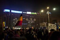 Protest tegen corruptiehervormingen in Boekarest royalty-vrije stock afbeeldingen