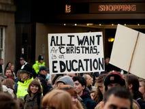 Protest tegen onderwijsbesnoeiingen in het UK Stock Foto