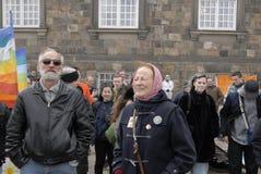 PROTEST TEGEN OVERHEID VOORAAN HET PARLEMENT Stock Foto's