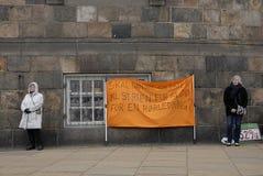 PROTEST TEGEN OVERHEID VOORAAN HET PARLEMENT Royalty-vrije Stock Afbeeldingen
