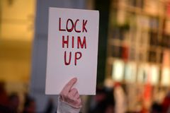 Protest, zum von Robert Mueller zu schützen lizenzfreies stockbild