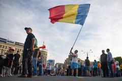 Protesta anti de la corte del top del ` s de Rumania, Bucarest, Rumania - 30 de mayo de 20 Imágenes de archivo libres de regalías