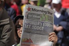 Protesta contra evasores de impuestos Imagen de archivo libre de regalías