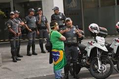 Protesta contro corruzione di governo federale nel Brasile Fotografie Stock Libere da Diritti